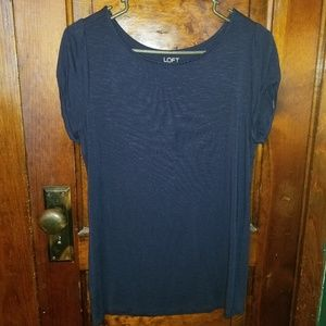 LOFT Basic Tee Size Medium